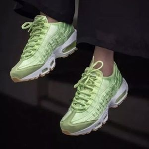 e3473f75f4 Nike Shoes - NIKE Air Max 95 WQS Womens Sz 9 Shoes Liquid Lime